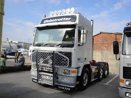 volvo hd trucks anyone else think old trucks look better than new ones photo 1