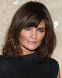medium length layered hairstyles round faces over 50 something about shoulder length hairstyles with bangs hairjos com