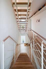 haus k zentrales treppenhaus flur mit offener treppe und