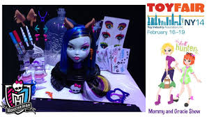monster high halloween dolls monster high ghoul head styling set at toy fair nyc 2014 youtube