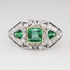 drop dead gorgeous 1 59ct t w art deco emerald u0026 diamond ring