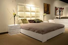 Upscale Bedroom Furniture by Made In Italy Leather Luxury Platform Bed Oakland California V8c004