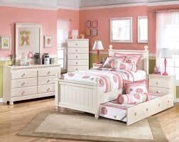 Teenage Bedroom Furniture by White Teenage Bedroom Furniture Slping Wall Ceiling Wooden Floor