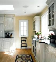 How To Wash Cabinets How To Clean Kitchen Cabinets With Grease Build Up Wood Vinegar