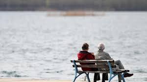 Wohnzimmerm El F Senioren Altersarmut Nie Waren Die Renten So Unsicher Welt