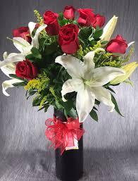 Long Stem Rose Vase Roses Archives Flowers Of The Field Las Vegas