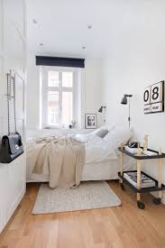 Pinterest Bedroom Design Ideas by 25 Best Ideas About Narrow Bedroom On Pinterest Narrow Bedroom