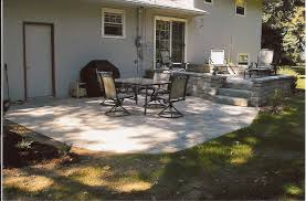 Paver Patio With Retaining Wall by Multi Level Stone Patio With Retaining Wall Landscaping Outdoor