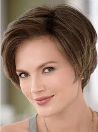 flattering bob hairstyles for square faces and women aged 40 side swept bangs flattering bob for square face hair pinterest