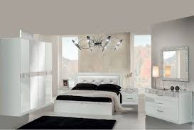 chambre a coucher blanc laqu chambre blanc laque design waaqeffannaa org design d intérieur