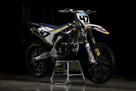 factory motocross bikes whats your pick on which factory bike looks best these days