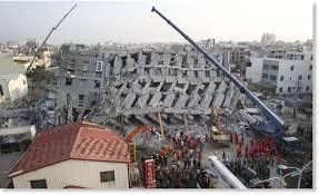 earthquake update update taiwan earthquake kills 23 more than 130 trapped under