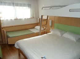 ibis chambre familiale chambre famille 4 pers photo de hôtel ibis budget site du