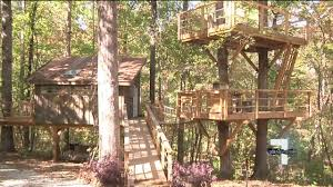 inside needtobreathe member u0027s rentable treehouse in walhalla youtube