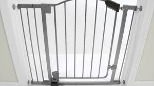 Munchkin Safe Step Gate Summer Infant Step To Open Gate Product Video Youtube