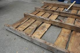 Shipping Crate Coffee Table - diy succulent pallet table far out flora