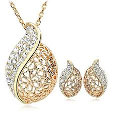 gold pendant necklace set images Buy kundaan 24k gold plated crystal pendant necklace set with stud jpg