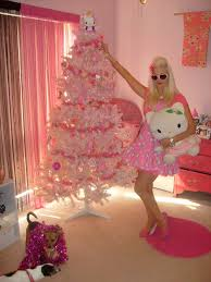 hello tree this year with pink tree i