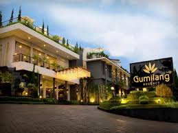 agoda lembang best price on gumilang regency hotel by gumilang hospitality in