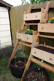 Diy Wooden Garden Table by 10 Truly Easy Yet Innovative Diy Garden Furniture Ideas U2013 Cute Diy