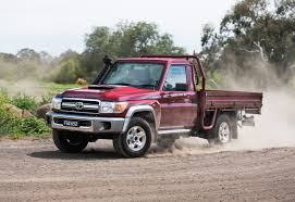 nissan sahara 2016 video toyota landcruiser sahara diesel pov review performancedrive