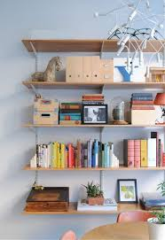Cute Bookshelves by Styling A Bookshelf 10 Homes That Get It Right 5 Tips For Your