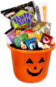 86 best halloween candy images on pinterest halloween candy