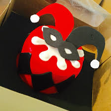 halloween birthday cupcake ideas my friend made me a harley quinn cake for my birthday