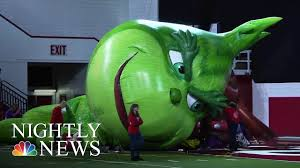 how the macy s thanksgiving day parade comes to nbc nightly