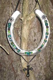 stunning best horseshoe decorations ideas on horse shoes for home