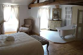 la chambre nuptiale salle de bain ouverte sur chambre nuptiale