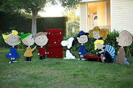 peanuts christmas characters peanuts christmas yard decorations this inch lit peanuts snoopy and