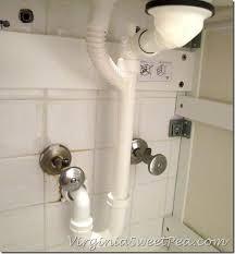 Flexible Bathroom Sink Drain Pipe Best 25 Sink Drain Ideas On Pinterest Diy Drain Cleaning