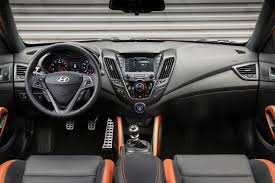 hyundai veloster turbo matte black 2016 hyundai veloster first look motor trend