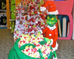 Universal Studios Christmas Ornaments - grinchmas at orlando universal studios islands of adventure seuss
