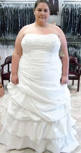 wedding dresses for overweight brides fat brides choose wedding