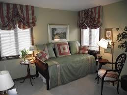 Bedroom Ideas With Grey Carpet Bedroom Decorating Simple Cream Sofa Bed White Grey Area Rug Oak