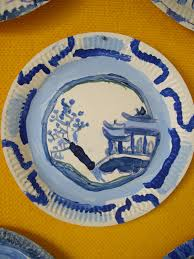 use your coloured pencils willow pattern paper plates