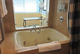 Oversized Bathtubs For Two California Tub Suites Hotels With Private In Room Whirlpool Tubs