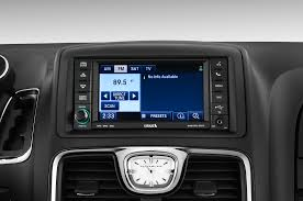 2011 chrysler town u0026 country reviews and rating motor trend