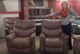 difference between a rocker recliner and wall saver recliner la z