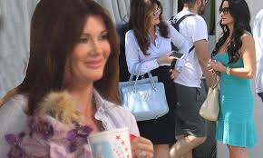 linda vanserpump hair lisa vanderpump and kyle richards film real housewives of beverly