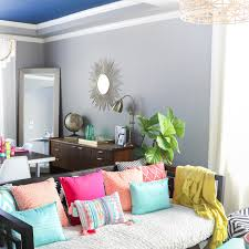 a kailo chic life decorate it spring home tour part 1