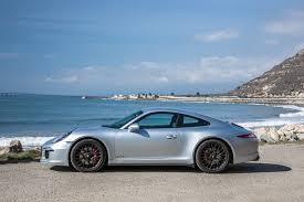 porsche 991 4 gts 2015 porsche 911 gts drive motor trend