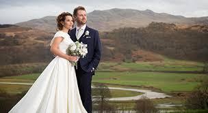 wedding photographs uk castle wedding photographer jason chambers photography