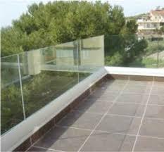 seitenschutz balkon glas brüstung für den balkon