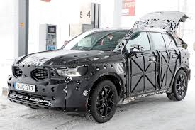 brand new volvo volvo xc40 suv spied first peek at new crossover u0027s interior by