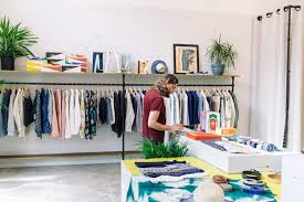 fashion for male dummies a guide to shopping for men s clothes