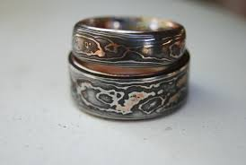 pattern welding gold hand made pattern welded damascus woodgrain wedding band by
