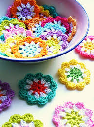 crochet home decor free patterns crochet mini flower garland in bright colors free pattern
